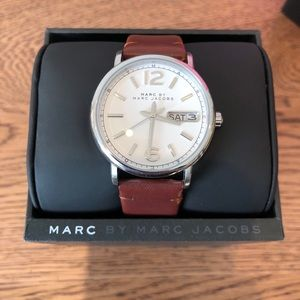 Marc by Marc Jacobs MBM 8649